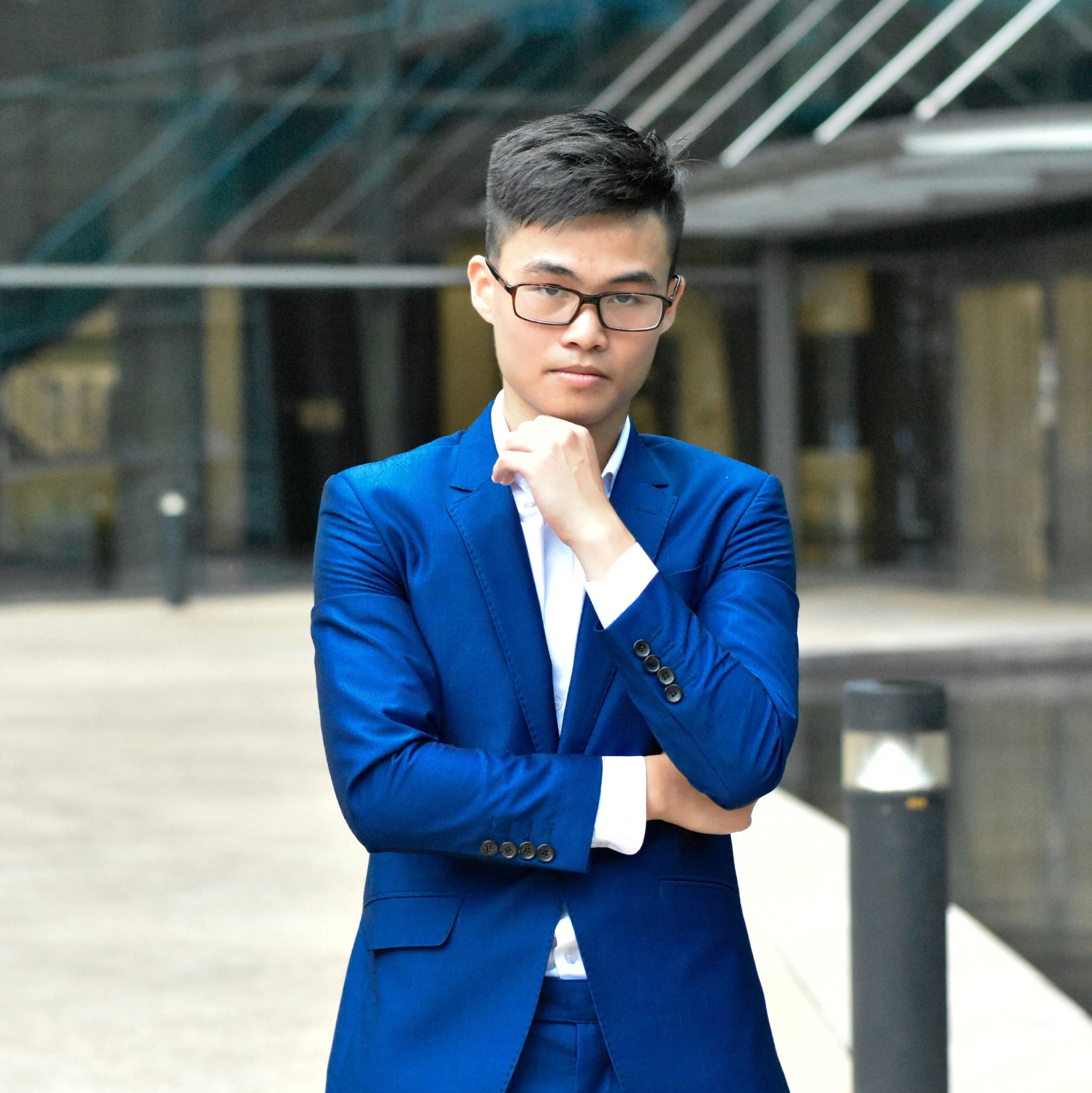 Phùng Minh Khánh